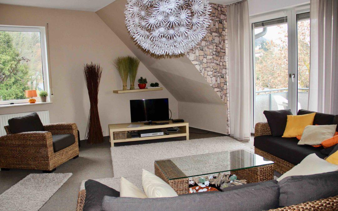 3 ZKB Eigentumswohnung mit zwei Balkonen und Garage in Auerbach