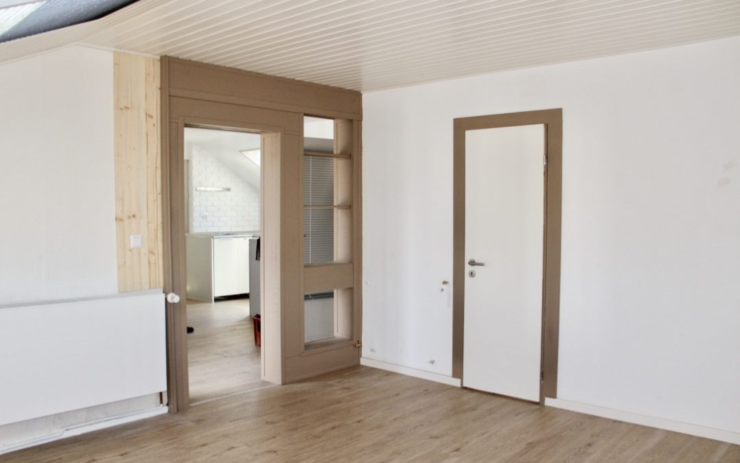 Lage – Schnitt & Ausstattung – top gepflegte Dachgeschosswohnung mit 3 ZKB in Bensheim nahe der City